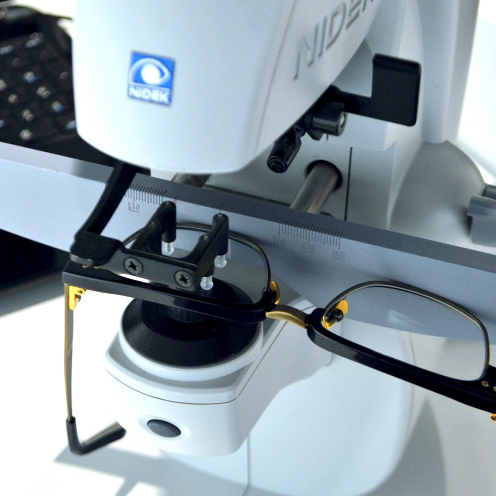 Glass-making-squint-eyewear